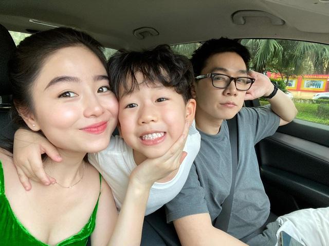 Soi dàn xe của bộ ba hot family Xoài - Cam - Đậu: Người chỉ dùng 1 xe vài trăm triệu, người tậu tới 2 chiếc Porsche chỉ trong 1 năm - Ảnh 11.