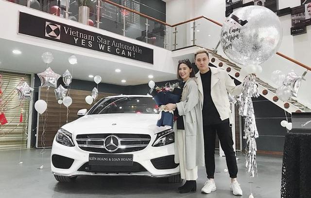 Soi dàn xe của bộ ba hot family Xoài - Cam - Đậu: Người chỉ dùng 1 xe vài trăm triệu, người tậu tới 2 chiếc Porsche chỉ trong 1 năm - Ảnh 9.
