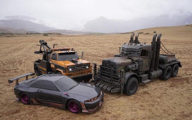 Đây là dàn xe sẽ xuất hiện trong bom tấn Transformers: Rise of the Beasts mới - Ảnh 2.