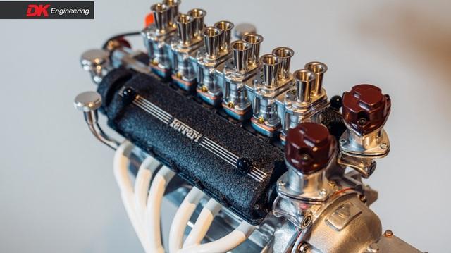 Thú chơi mô hình động cơ, khung xe Ferrari giá ngang xe Toyota, Ford phổ thông của giới nhà giàu