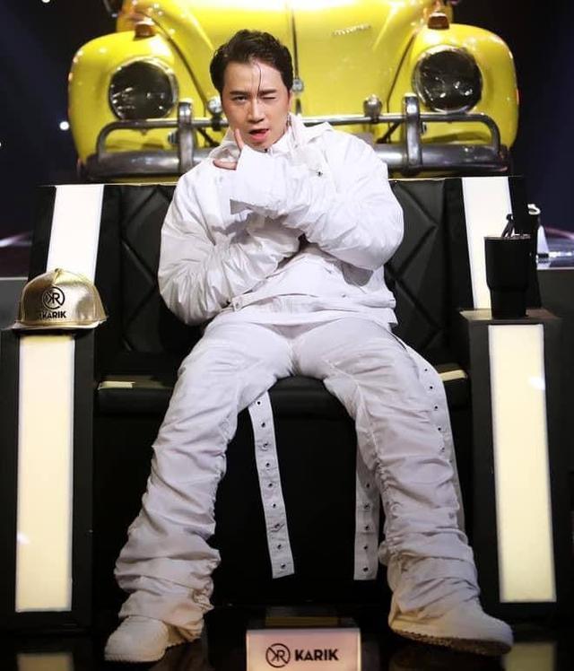 Soi dàn xe chống lưng giám khảo Rap Việt mùa 2: Toàn xe tiền tỷ đến từ Mỹ, có mẫu đắt như Mercedes-Benz S-Class - Ảnh 8.