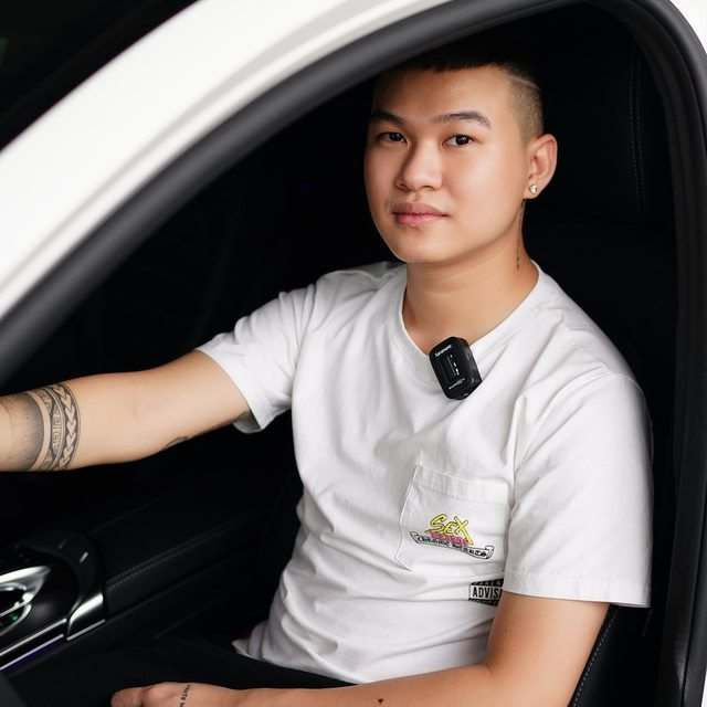 Soi dàn xế hộp tiền tỷ của dàn streamer Việt, nể nhất Độ Mixi chỉ coi Mercedes GLC như mô hình - Ảnh 7.