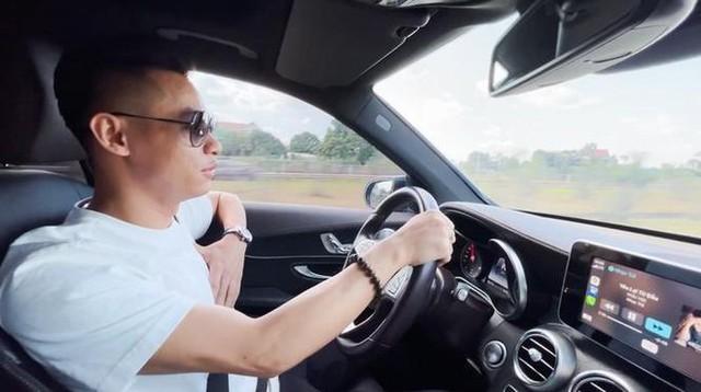 Soi dàn xế hộp tiền tỷ của dàn streamer Việt, nể nhất Độ Mixi chỉ coi Mercedes GLC như mô hình - Ảnh 4.
