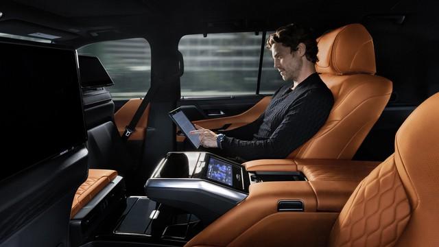 Ra mắt Lexus LX 600 thế hệ mới: Lột xác từ ngoài vào trong, phiên bản siêu sang cạnh tranh Mercedes-Maybach GLS 600 - Ảnh 11.