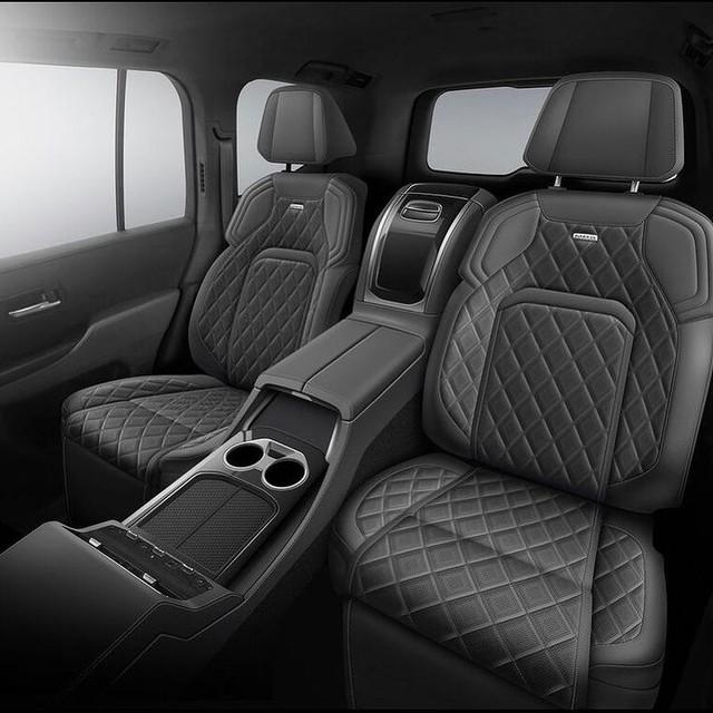 Toyota Land Cruiser MBS 2022 chào hàng đại gia Việt tiền không phải vấn đề: Giá dự kiến ngang Lexus LX 570, nội thất đúng đẳng cấp doanh nhân - Ảnh 2.