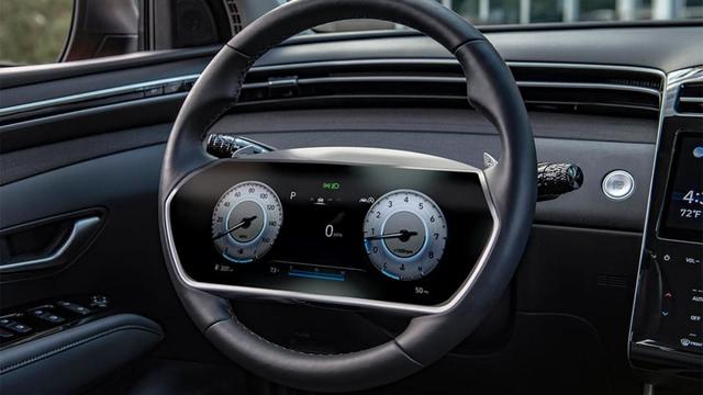 Hyundai tích hợp màn hình lớn vào vô-lăng, cách đánh lái là điều gây tò mò - Ảnh 1.
