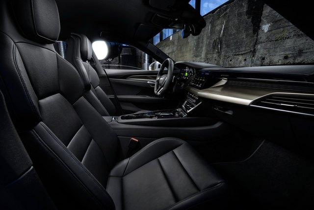 Audi E-Tron GT chính thức ra mắt, chờ ngày về nước đấu Porsche Taycan - Ảnh 7.