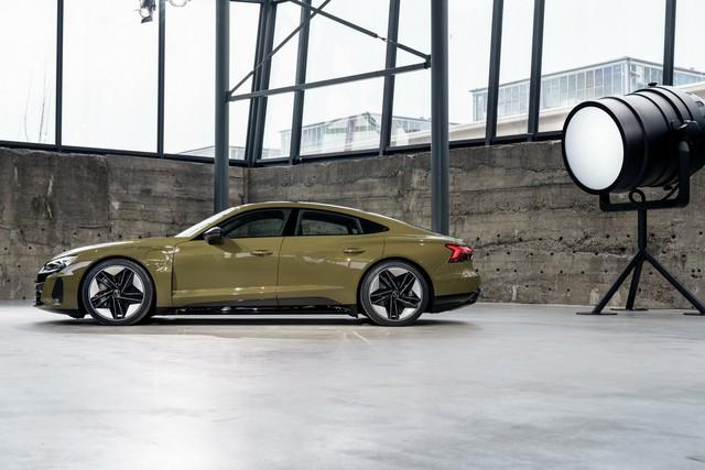 Audi E-Tron GT chính thức ra mắt, chờ ngày về nước đấu Porsche Taycan - Ảnh 10.