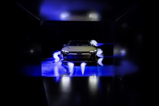 Audi E-Tron GT chính thức ra mắt, chờ ngày về nước đấu Porsche Taycan - Ảnh 5.