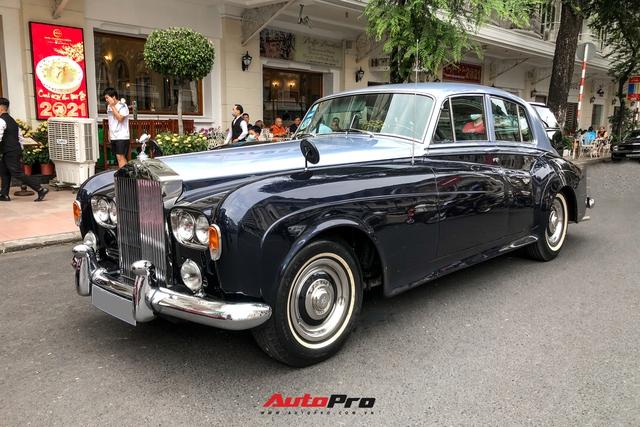 Đại gia lan đột biến hội ngộ siêu xe ngày cuối năm, Rolls-Royce cổ của tỷ phú USD gây chú ý - Ảnh 7.