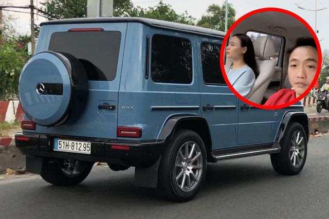 Đàm Thu Trang lần đầu cầm lái Mercedes-AMG G 63 xuống phố đầu năm, Nguyễn Quốc Cường tiết lộ mong muốn 'xin vợ' sắm siêu xe mới