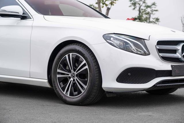 Mới chạy 8.000km, chủ xe bán lại Mercedes E-Class giá thấp hơn BMW 330i M Sport tới 510 triệu đồng - Ảnh 3.
