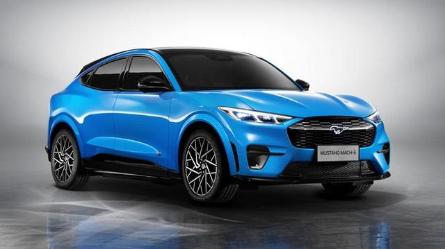 Đại lý hét giá Mustang SUV cao gấp rưỡi con số khởi điểm hãng đề ra, khách hàng Ford than trời