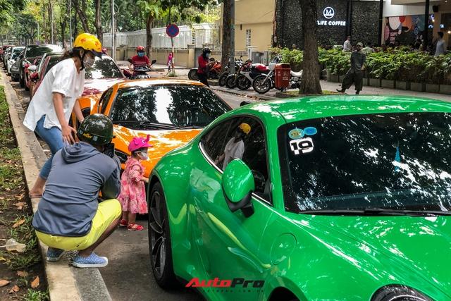 Hội chơi xe Porsche Sài Gòn hội ngộ đầu năm, McLaren từng của Minh nhựa là điểm nhấn - Ảnh 12.