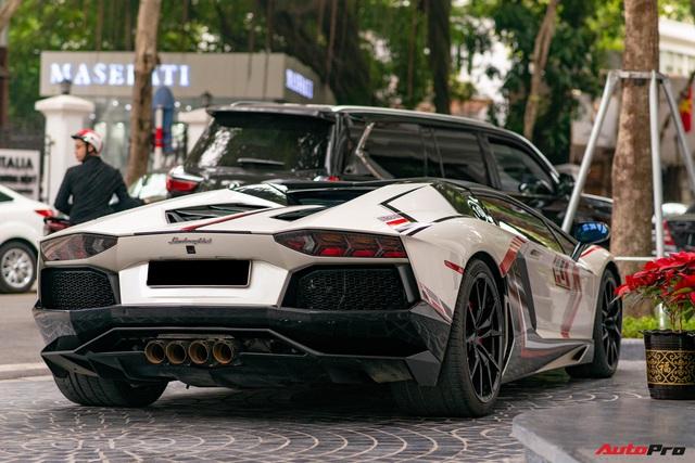 Dàn xế khủng của đại gia Hà thành ra phố du xuân: Siêu xe và xe thể thao sặc sỡ, có chiếc hiếm khi xuất hiện trên đường - Ảnh 2.