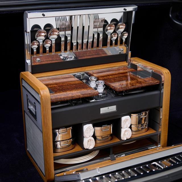 Khám phá Rolls-Royce Phantom độc nhất vô nhị sử dụng gỗ Koa siêu quý hiếm - Ảnh 4.