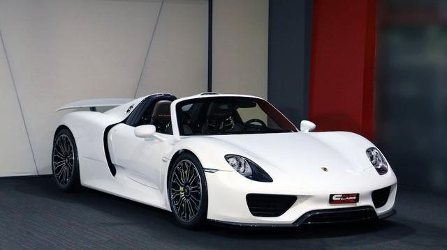 Đại gia sở hữu siêu xe Porsche 918 Spyder đầu tiên tại Việt Nam là ai? - Ảnh 4.