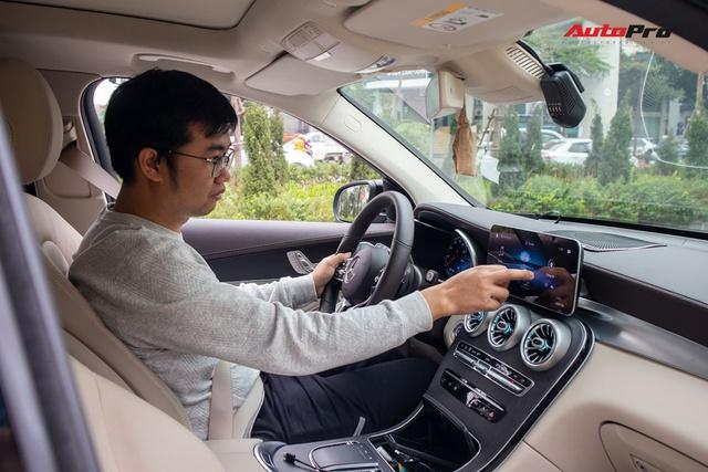 Có Lexus LX 570 và Range Rover Velar nhưng vẫn sắm Mercedes GLC 300, người dùng đánh giá: Xuống đời mà vẫn hài lòng - Ảnh 9.