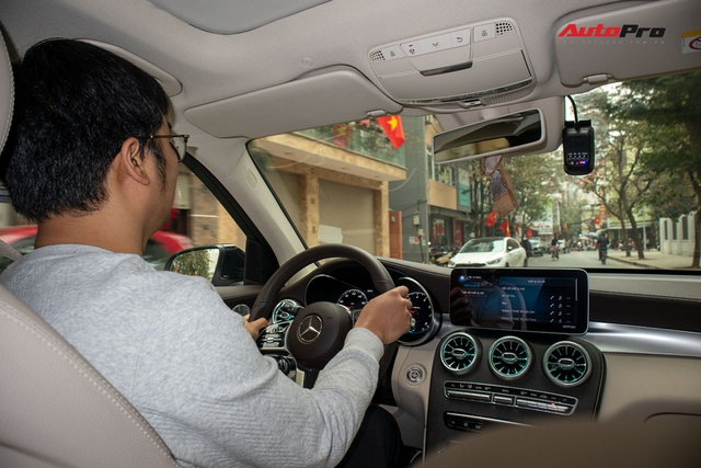 Có Lexus LX 570 và Range Rover Velar nhưng vẫn sắm Mercedes GLC 300, người dùng đánh giá: Xuống đời mà vẫn hài lòng - Ảnh 7.