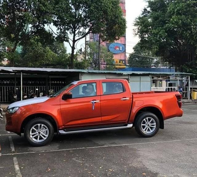 Isuzu D-Max 2021 chính thức được thông quan, về kho tại Việt Nam chờ ngày ra mắt đấu Ford Ranger - Ảnh 3.