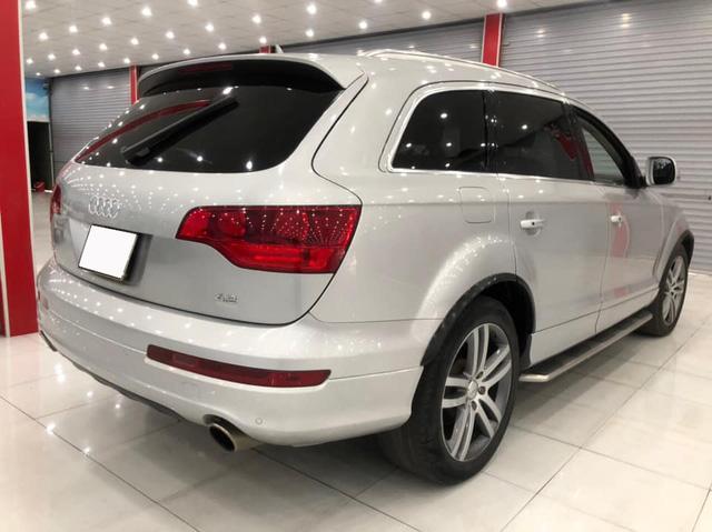 'Tán lộc đầu xuân', chủ xe hạ giá Audi Q7 rẻ ngang VinFast Fadil 'đập hộp' - Ảnh 2.