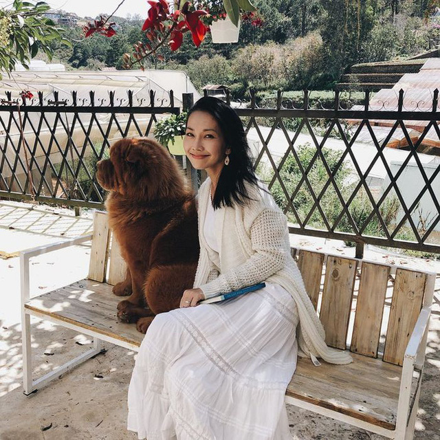 Thúy Nga bất ngờ trước sự giàu có của diễn viên Kim Hiền tại Mỹ, đi xe 150 ngàn đô - Ảnh 4.