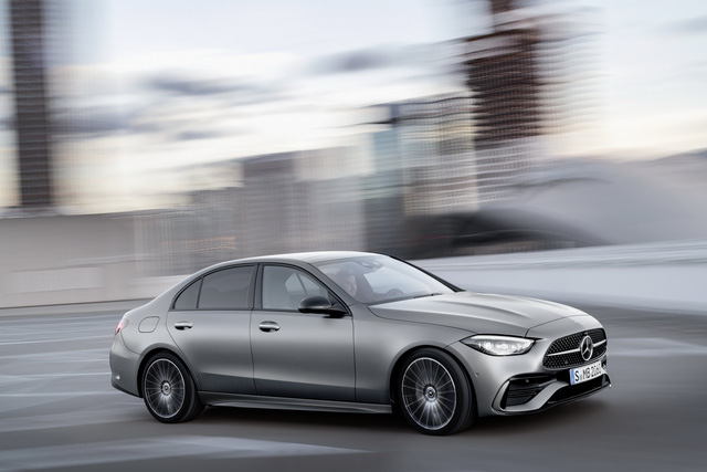Ra mắt Mercedes-Benz C-Class 2022: Tiểu S-Class đè bẹp 3-Series, A4 - Ảnh 2.