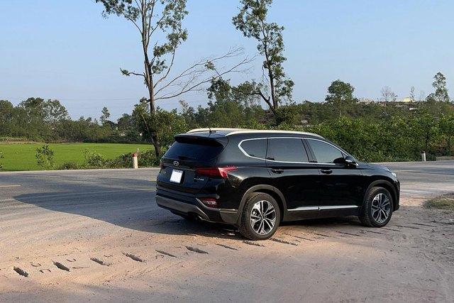 Chạy hơn 1.600 km xuyên Việt bằng 2 chiếc SUV, người dùng đánh giá: Santa Fe dễ chịu, Everest cực đoan - Ảnh 7.