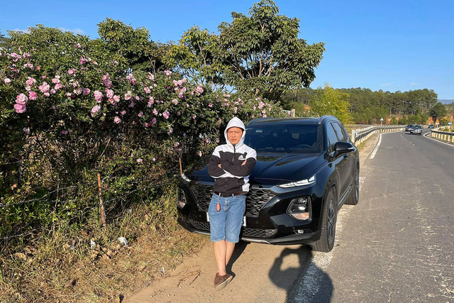 Chạy hơn 1.600 km xuyên Việt bằng 2 chiếc SUV, người dùng đánh giá: Santa Fe dễ chịu, Everest cực đoan - Ảnh 1.