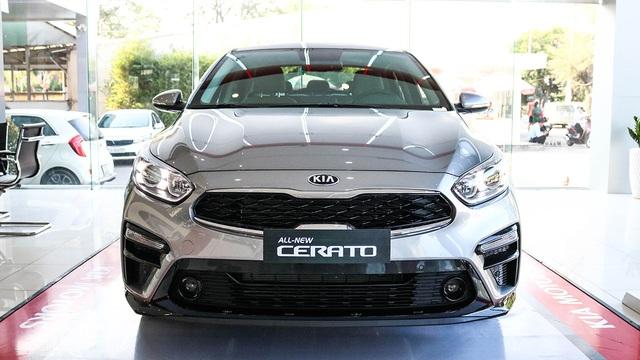 Kia Cerato giảm giá kỷ lục tại đại lý: Giá từ 499 triệu, rẻ nhất phân khúc, ngang Toyota Vios bản dịch vụ - Ảnh 2.
