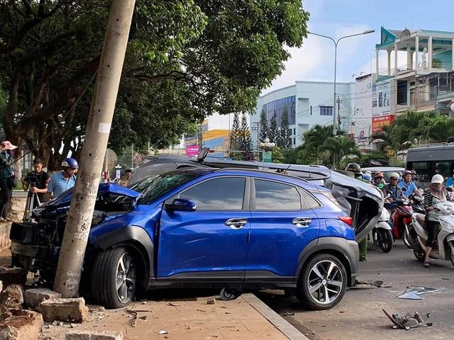 Tổng hợp cam kết đi vào 'lòng đất' của dân bán xe: Tai nạn biến dạng vẫn khoe không đâm đụng, bao check hãng - Ảnh 1.