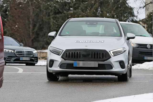 Mercedes-Benz A-Class úp mở thiết kế lưới tản nhiệt mới - Ảnh 1.