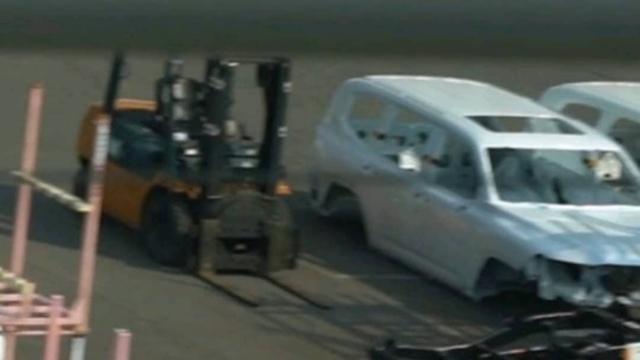 Toyota Land Cruiser đời mới tiếp tục lộ diện: Hứa hẹn nâng cấp động cơ và hệ thống treo vượt bậc - Ảnh 2.
