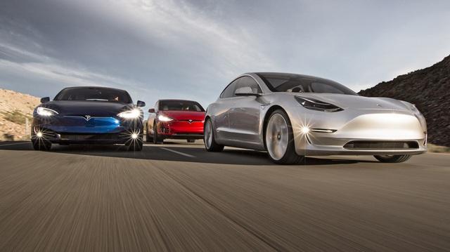 Thua BMW, Mercedes và Lexus đã đành, giờ Audi còn bán kém cả hãng xe này