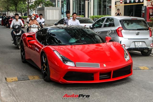Ferrari 488 GTB từng của Nguyễn Quốc Cường bất ngờ xuất hiện tại Sài Gòn với diện mạo mới lạ - Ảnh 4.