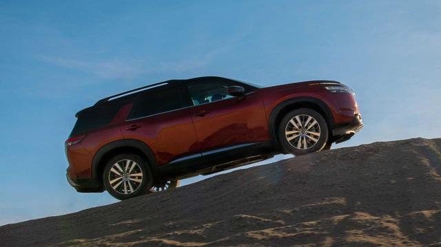 Ra mắt Nissan Pathfinder 2021: X-Trail phóng to 8 chỗ ngồi, giá quy đổi từ 740 triệu, đấu Ford Explorer