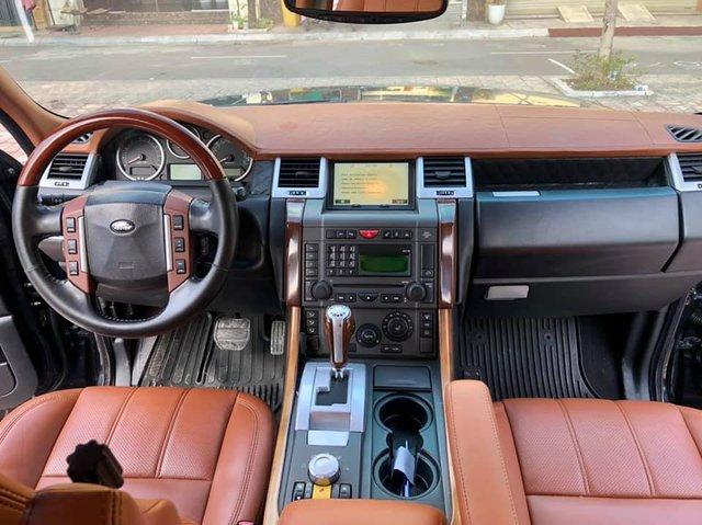 Vượt ngưỡng 100.000km, Range Rover Sport rớt giá rẻ ngang Kia Seltos 2021 - Ảnh 2.