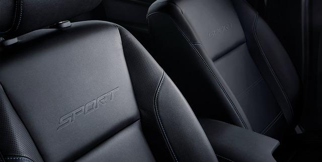 Ford Everest Sport 2021 ra mắt giá 1,1 tỷ đồng: Phiên bản mới đe nẹt doanh số Toyota Fortuner, Mitsubishi Pajero Sport - Ảnh 4.