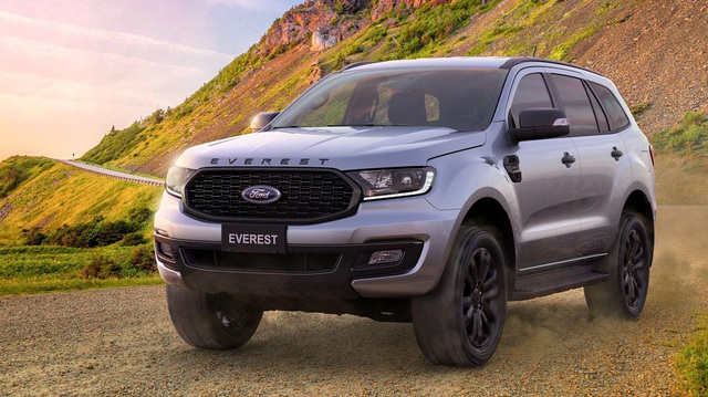 EVEREST SPORT 2.0L 4×2 AT