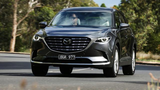 Hàng chính hãng bị khai tử, Mazda CX-9 nhập tư chào hàng khách Việt với giá 4 tỷ đồng ngang ngửa Volvo XC90 - Ảnh 1.