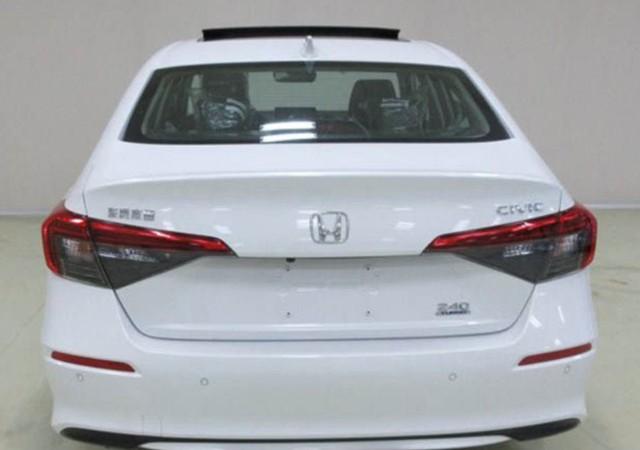 Honda Civic 2021 lần đầu lộ diện trần trụi trên đường phố: Lột xác thiết kế, chờ ngày về Việt Nam - Ảnh 2.