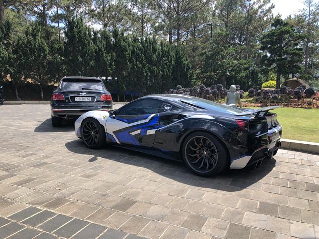 Doanh nhân kinh doanh online mang Ferrari 488 GTB độc nhất Việt Nam đi chơi Đà Lạt - Ảnh 5.