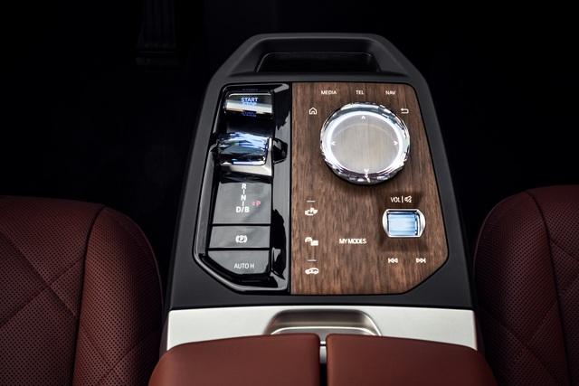 Công bố chi tiết BMW iX - SUV chủ lực mới, giá quy đổi từ 1,8 tỷ đồng - Ảnh 3.