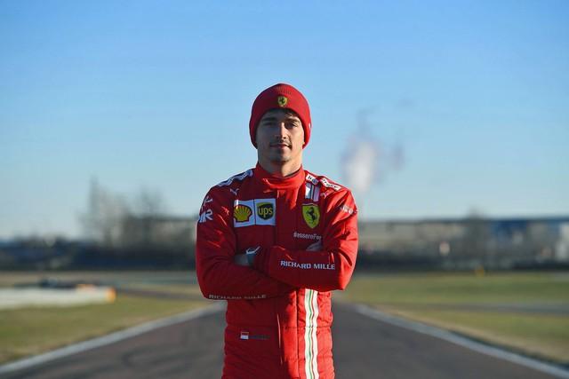 Cú bắt tay của những người siêu giàu: Siêu xe Ferrari hợp tác với siêu đồng hồ Richard Mille  - Ảnh 2.