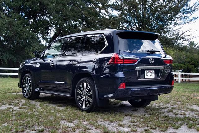 Lexus sắp ra mắt Land Cruiser phiên bản hạng sang: Tham vọng chung mâm với Mercedes G-Class và Land Rover Defender - Ảnh 2.