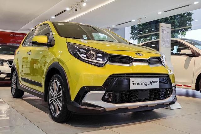 Kia Morning 2021 lần đầu giảm giá mạnh tay trước sức ép từ VinFast Fadil và Hyundai i10 - Ảnh 1.