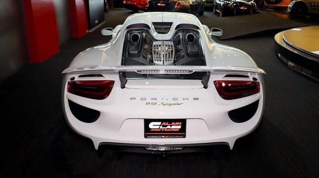 Rộ tin Porsche 918 Spyder về nước giá hơn 30 tỷ chưa thuế phí, soán ngôi Pagani Huayra trở thành siêu phẩm đắt nhất Việt Nam - Ảnh 7.