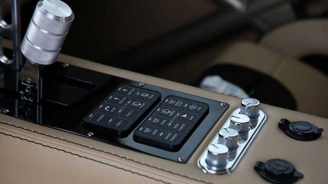Ford Ranger độ khét nhất thế giới: Chi phí 8 tỷ đồng, gần 5 năm hoàn thiện, cân mọi địa hình - Ảnh 8.