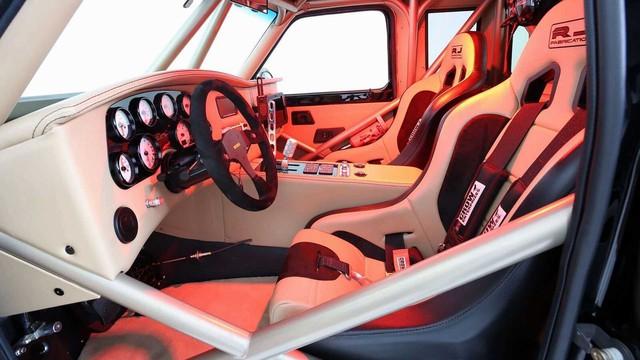 Ford Ranger độ khét nhất thế giới: Chi phí 8 tỷ đồng, gần 5 năm hoàn thiện, cân mọi địa hình - Ảnh 7.
