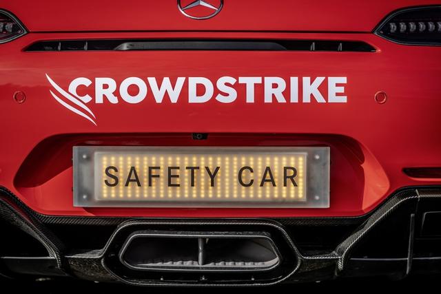Ngắm bộ đôi Mercedes-AMG làm xe an toàn và xe y tế của giải đua F1 - Ảnh 9.
